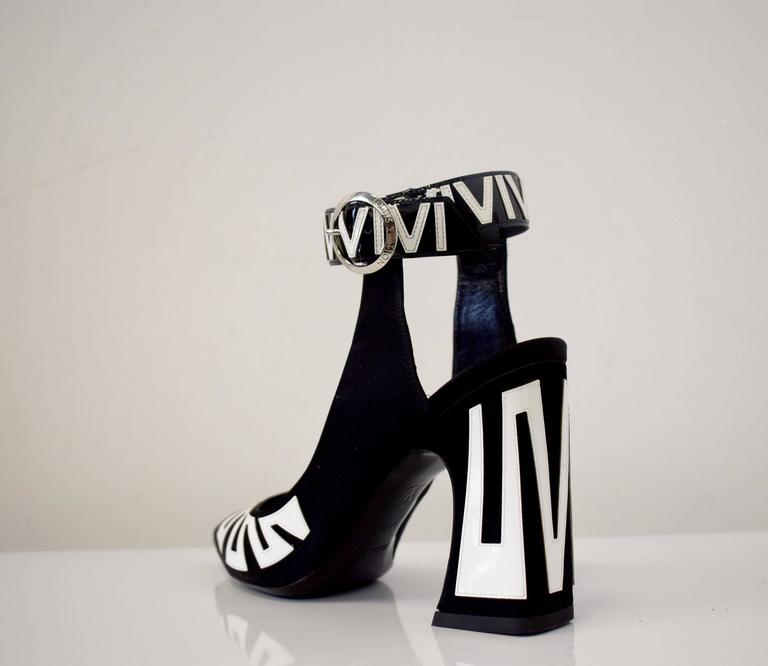 Louis Vuitton Satin and Patent Leather Ankle Fastening Heels by Ghesquiere 5