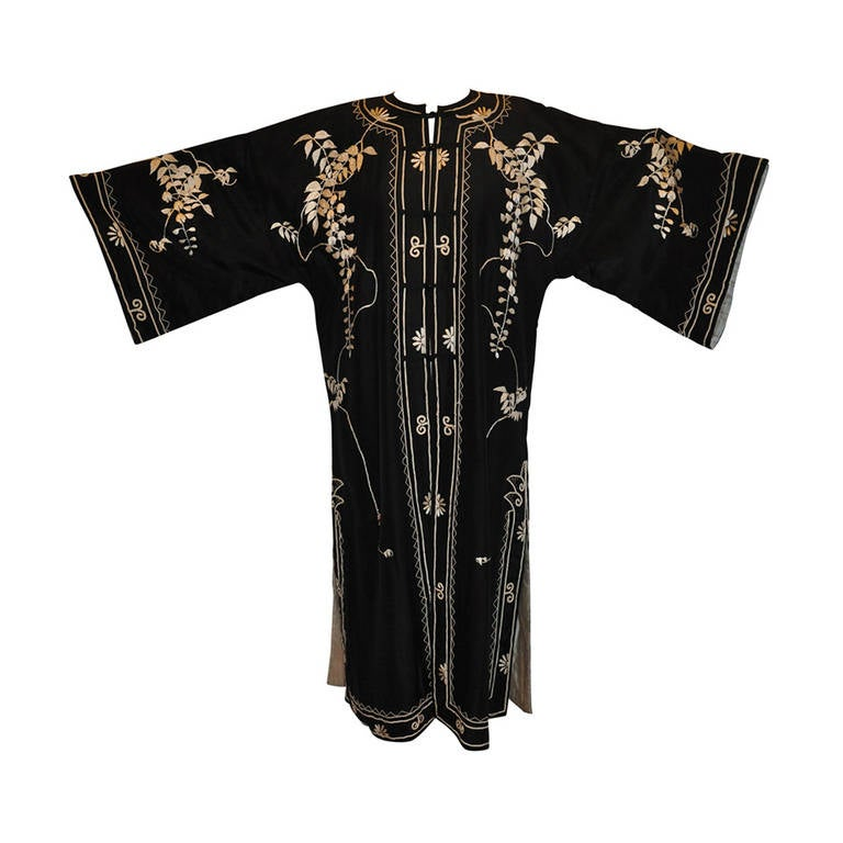 "Vintage Kimono of Hand-Embroidered ""Floral with Branches & Leaves"" For Sale"