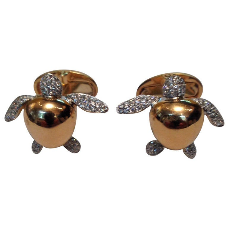 1980s Vhernier Diamond Gold Whimsical Turtle Cuff Links At