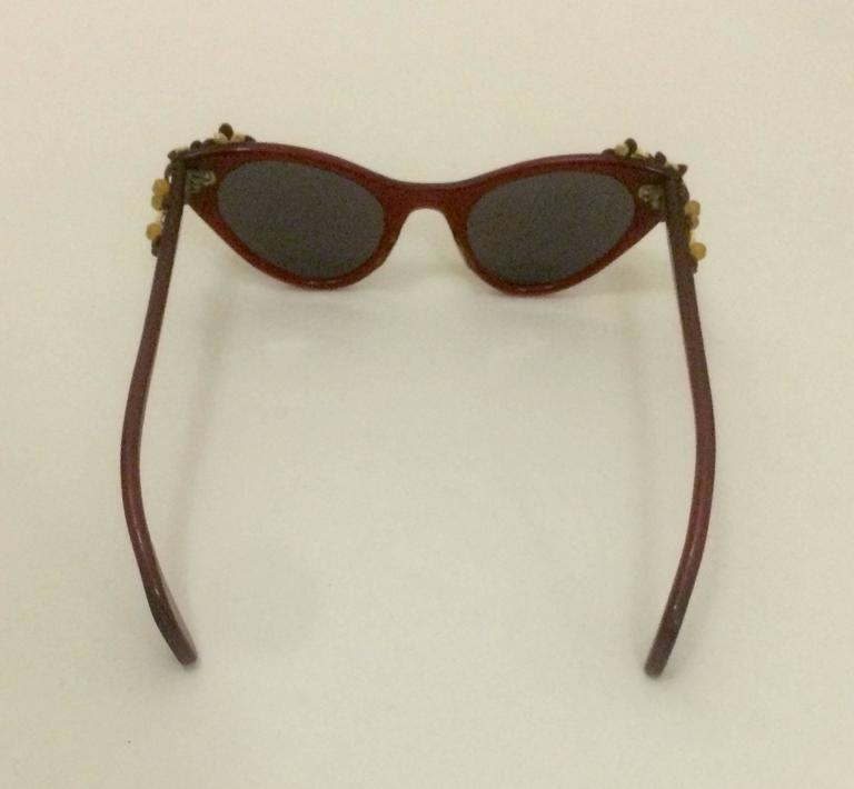 Schiaparelli 1950s Cherry Red Cat Eye Sunglasses With Floral Embellishment 4
