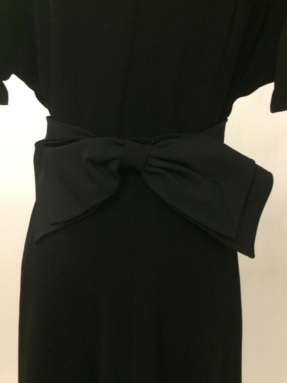 Nettie Rosenstein 1940's Black Crepe Evening Dress with Bow Back In Excellent Condition For Sale In San Francisco, CA