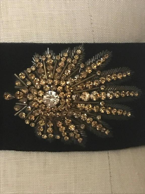 Alexander McQueen Crystal Embellished Black Velvet Wide Waist Snap Belt In Excellent Condition For Sale In San Francisco, CA
