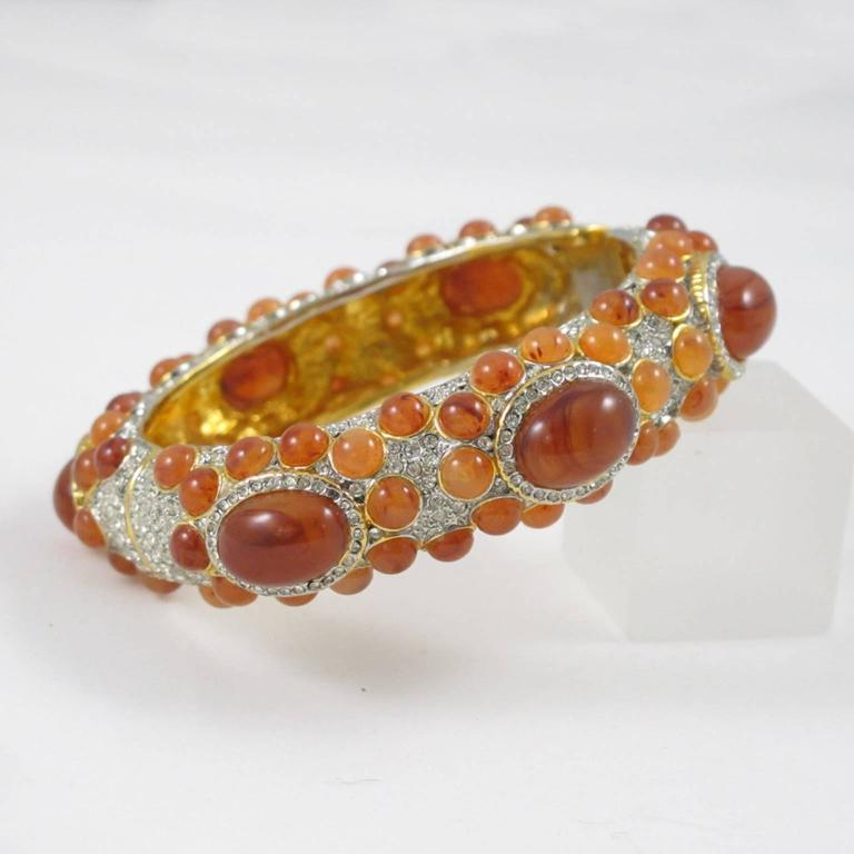 Kenneth Jay Lane Grace Collection Jeweled Clamper Bracelet Bangle  In Excellent Condition For Sale In Atlanta, GA