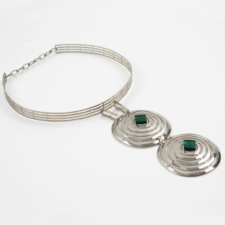 Mid Century Space Age Chrome & Green Cabochon Dog Collar Necklace 4