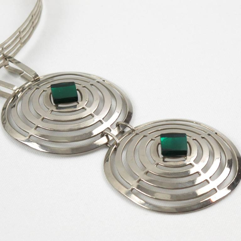 Mid Century Space Age Chrome & Green Cabochon Dog Collar Necklace 5