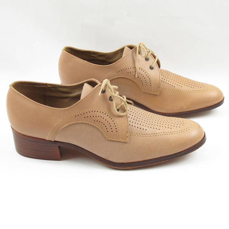 Brown Vintage 1950s Nude Leather Derbys Men Shoes Size 41 / 8.5 US For Sale