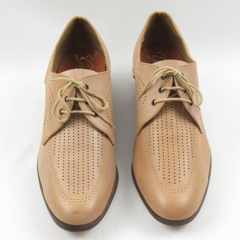 Vintage 1950s Nude Leather Derbys Men Shoes Size 41 / 8.5 US For Sale 1