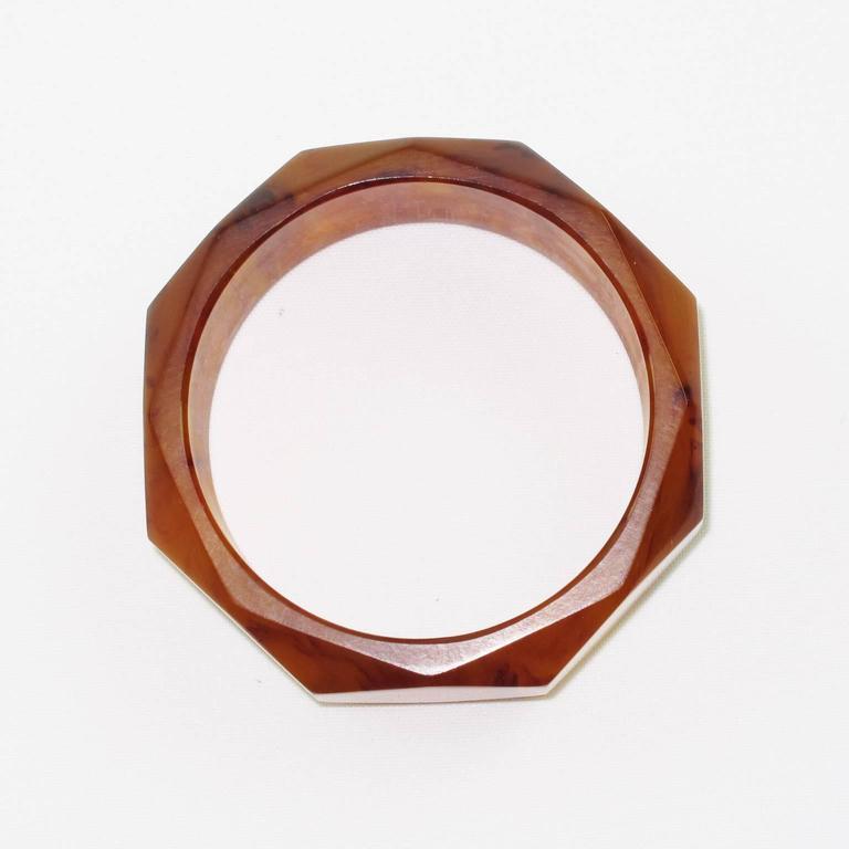 Bakelite Carved Faceted Bracelet Bangle Rootbeer Marble Color 4
