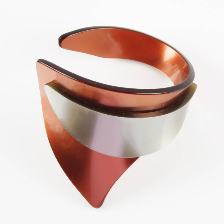 Women's Rare French Artisan Studio Space Age Lucite Sculptural Cuff Bracelet For Sale