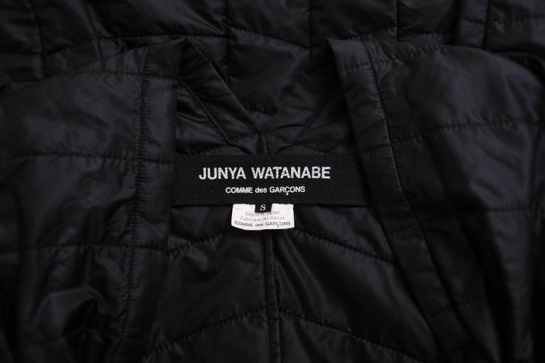 2009 Junya Watanabe Black Puffer Jacket w/Gold Tone Chain Heart Closure 6