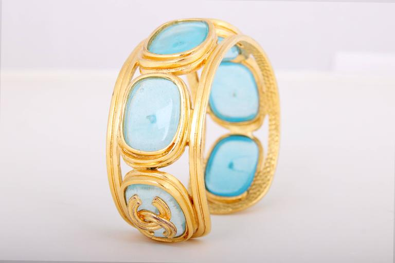 1996 Chanel Light Blue Gripoix Gold Tone Cuff w/CC Logo For Sale 2