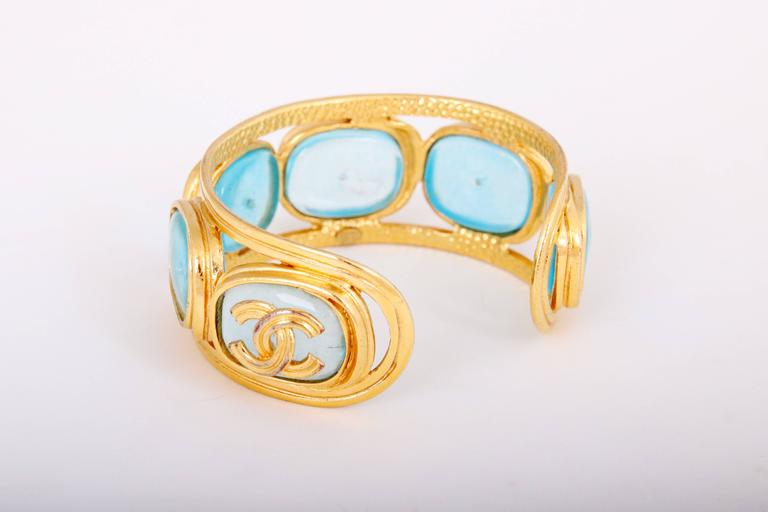 Women's 1996 Chanel Light Blue Gripoix Gold Tone Cuff w/CC Logo For Sale