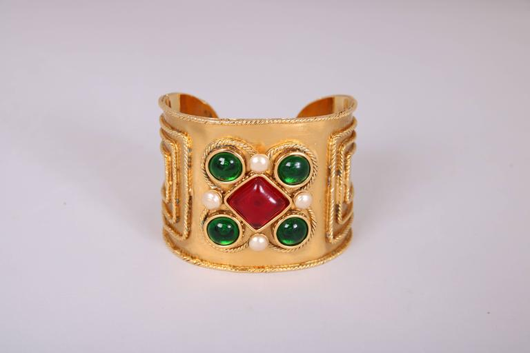 Chanel Gripoix Bracelet Cuff, 2005  In Excellent Condition For Sale In Los Angeles, CA