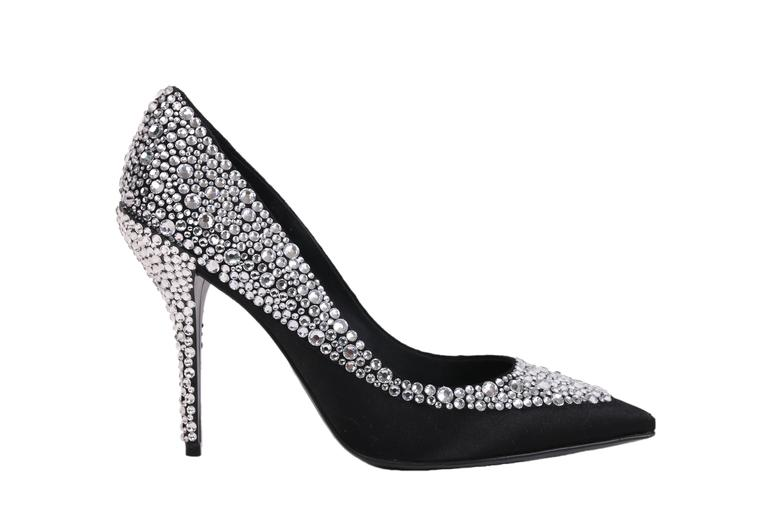 "Roger Vivier black satin crystal encrusted heels with pointed toe and 3"" heel height. In excellent condition. Size EU 39."