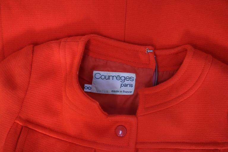 1970's Courreges Haute Couture Orange Wool Short Sleeved Day Dress No.53599 For Sale 2