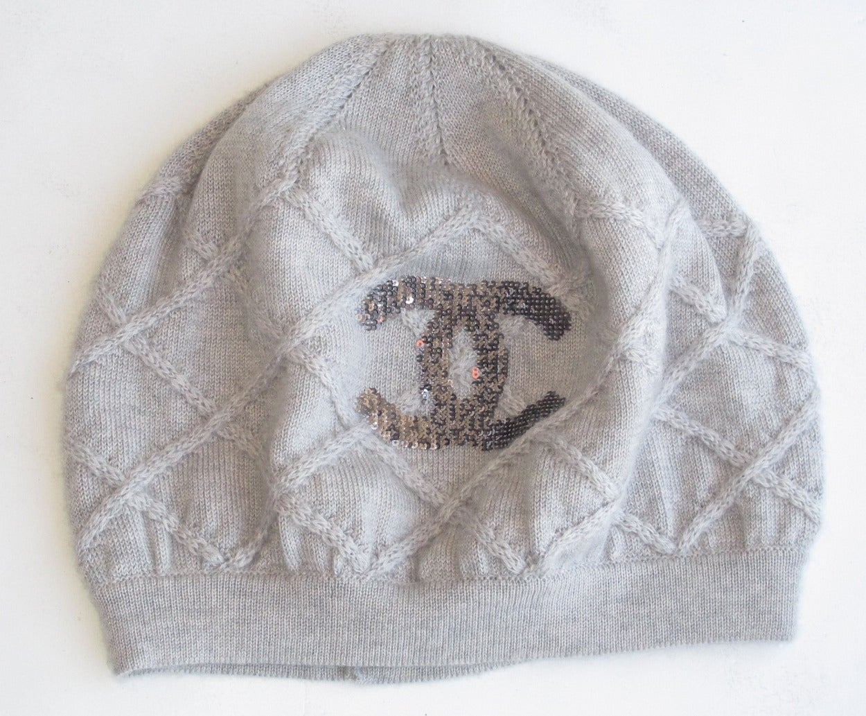 a9ba618bc Chanel 100% Cashmere Beret Hat w/Chanel CC Sequined Logo