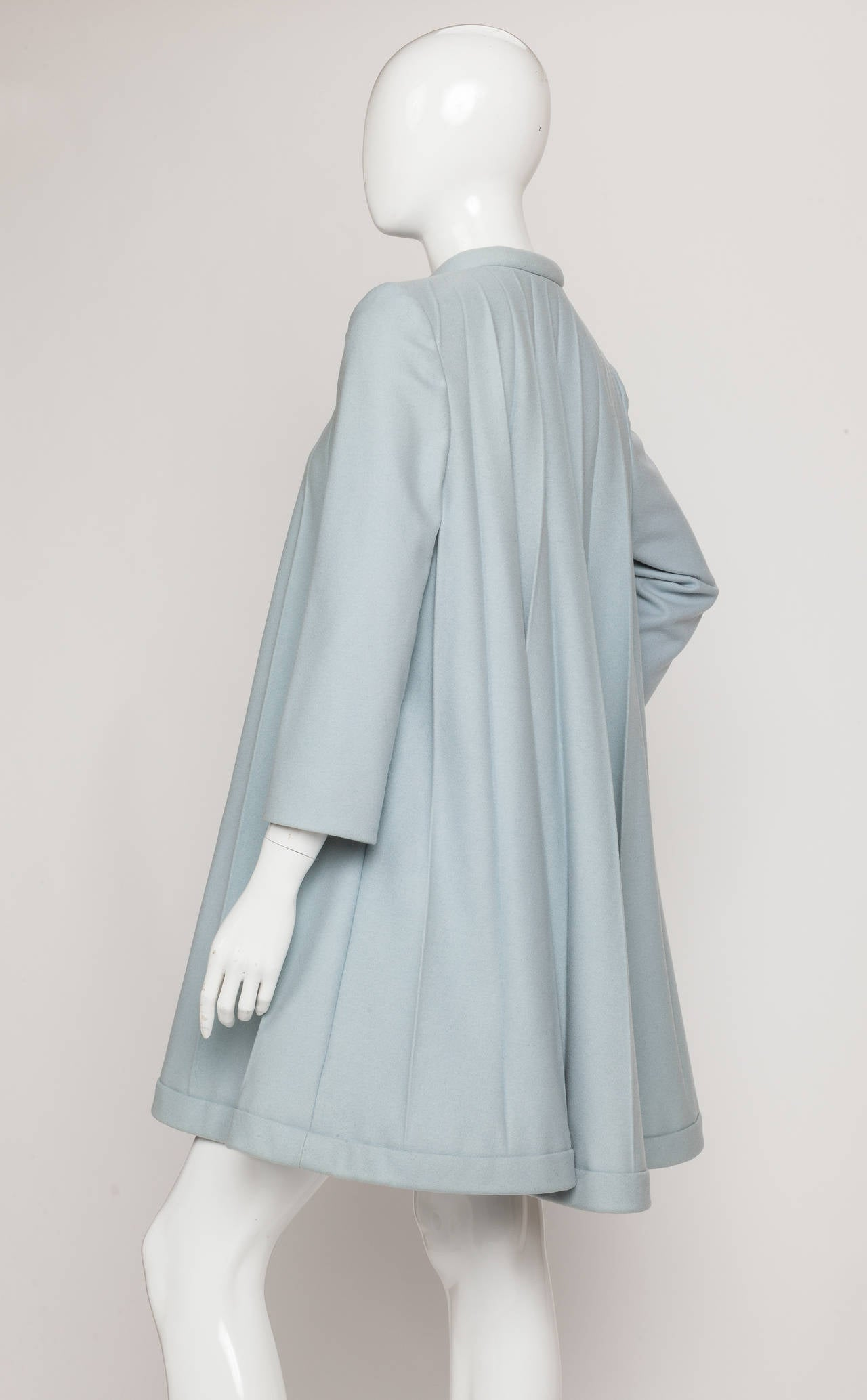 1967 Rare Iconic Pierre Cardin Wool Trapeze Accordian Pleat Coat Dress In Good Condition For Sale In Los Angeles, CA