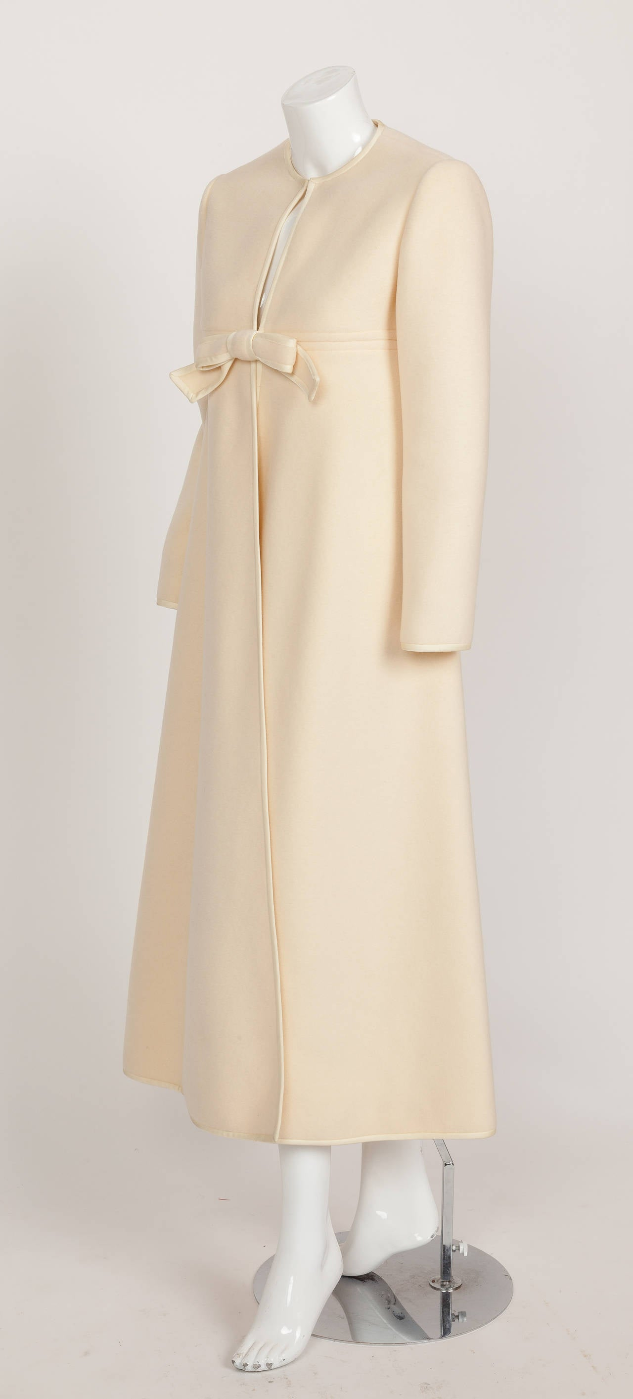 1960s Pierre Cardin A-Line Creme Melton Wool Coat w/Bow and Silky Trim 4