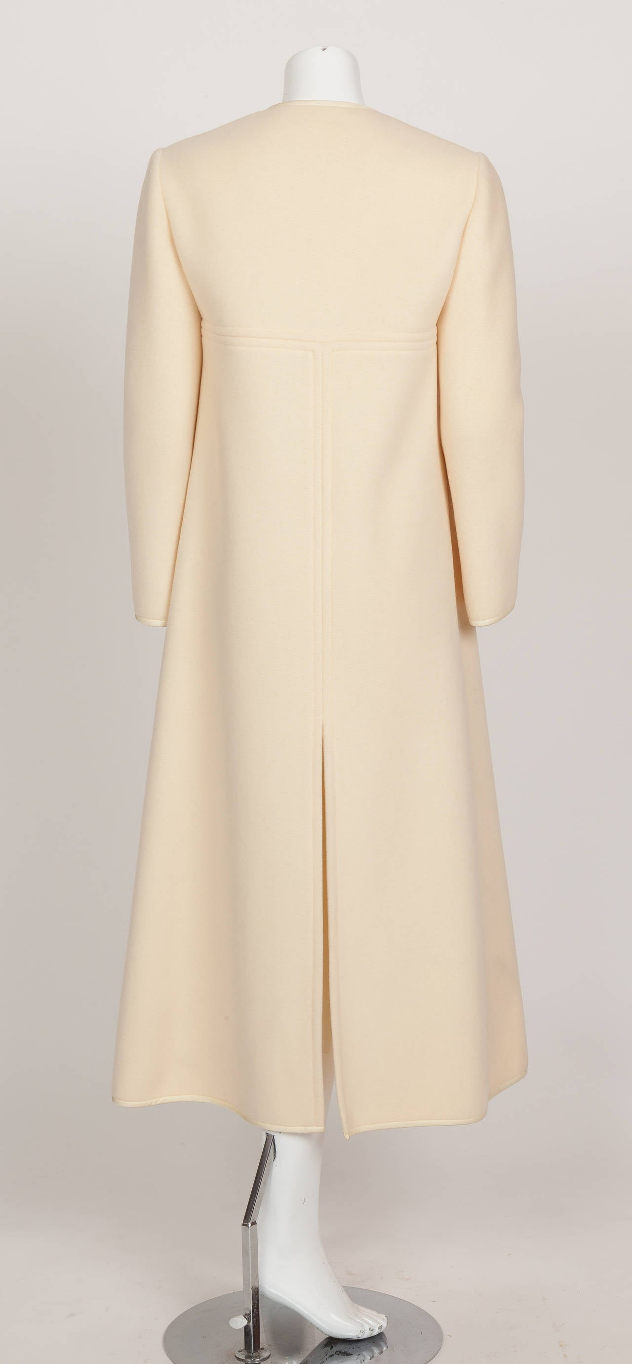 1960s Pierre Cardin A-Line Creme Melton Wool Coat w/Bow and Silky Trim 7