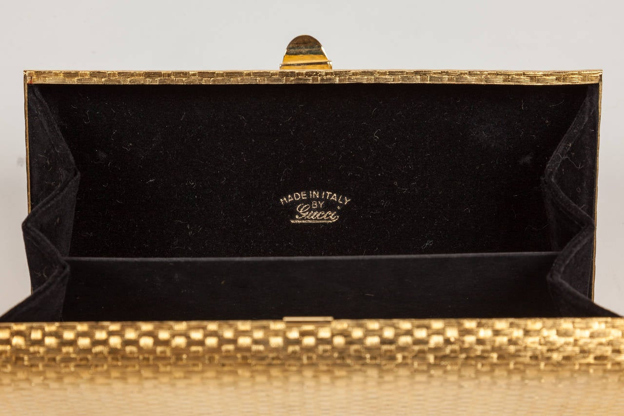 Iconic Gucci Gold Metal Minaudière Clutch w/Enameled Buckle Closure ca.1970s For Sale 1