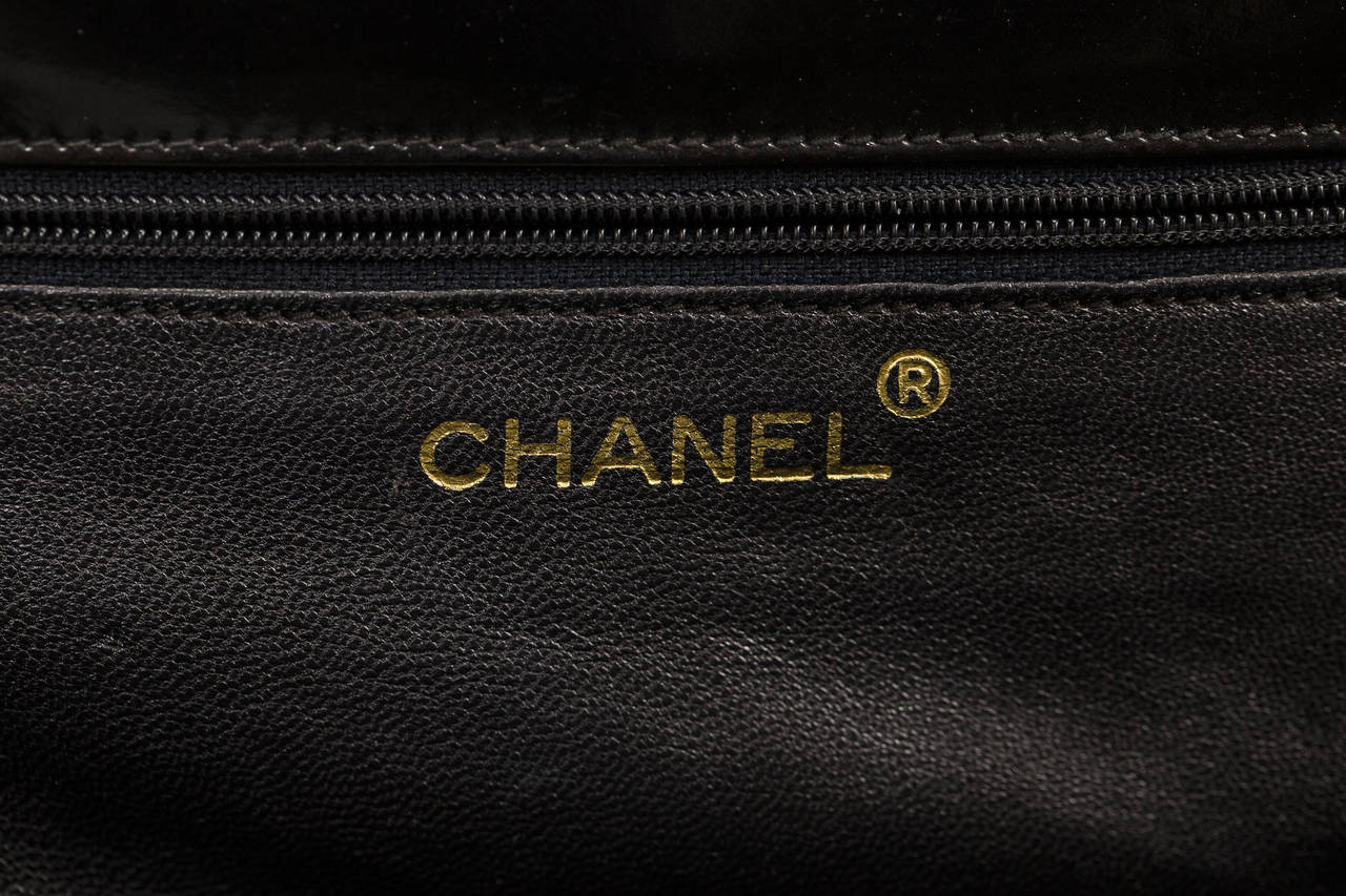 3e3f75782a8f 1970's Chanel Black Quilted Patent Leather Convertible Evening Bag w/Chain  Strap For Sale 1