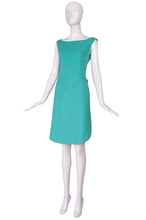 1960's Geoffrey Beene Aqua Linen Boatneck Shift Dress w/Tulip Hemline 2