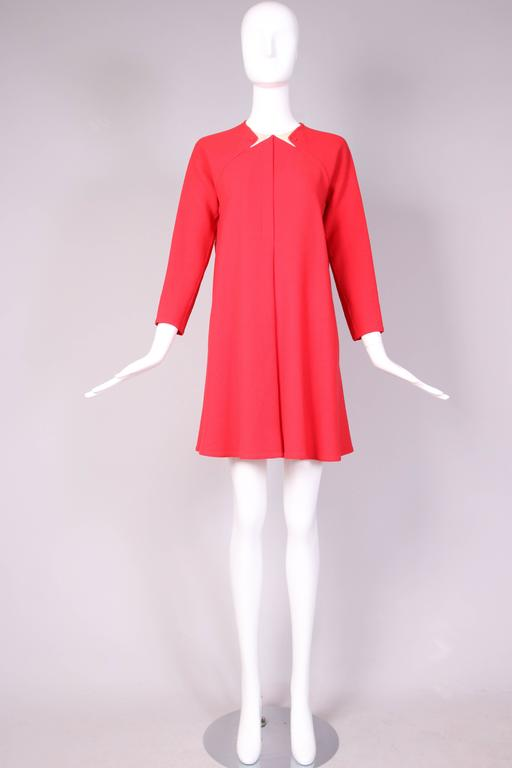 1990's Geoffrey Beene Red Wool Crepe Day Dress w/Signature Design Detail In Excellent Condition For Sale In Los Angeles, CA