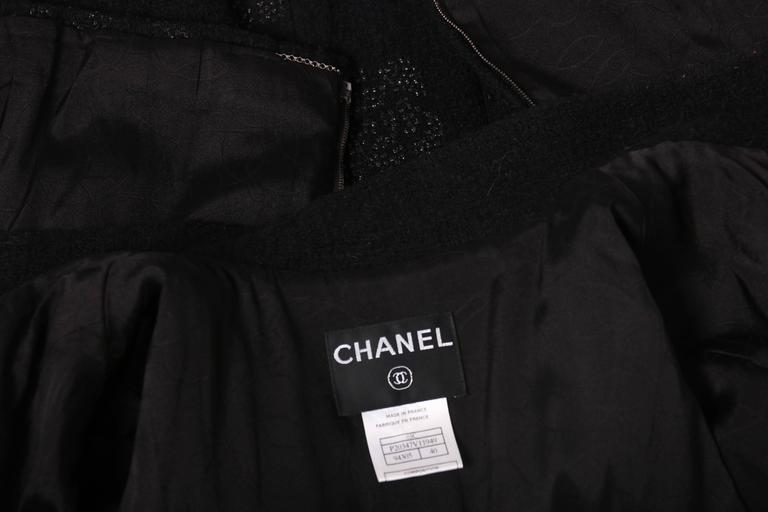 2003 Chanel Black Wool Boucle Jacket w/Camellia Print For Sale 3