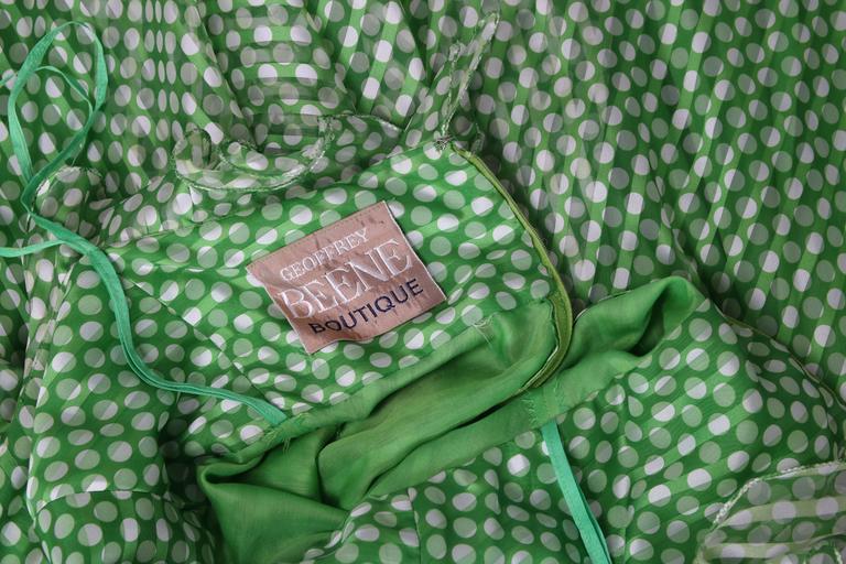 1970's Geoffrey Beene Green Polka Dot Halter Neck Maxi Dress W/Ruffle Trim For Sale 3