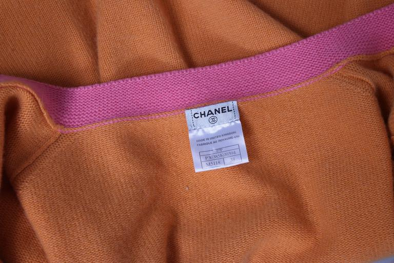 2007 Chanel Orange Cashmere Cardigan W/Chanel CC Logo Buttons & Pink Trim For Sale 5