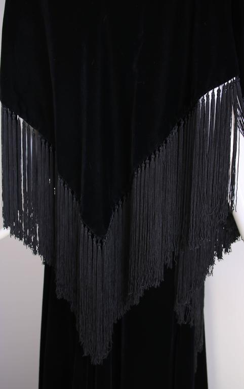 Givenchy Haute Couture Black Silk Velvet Evening Gown W/Matching Cape No. 59129 For Sale 2