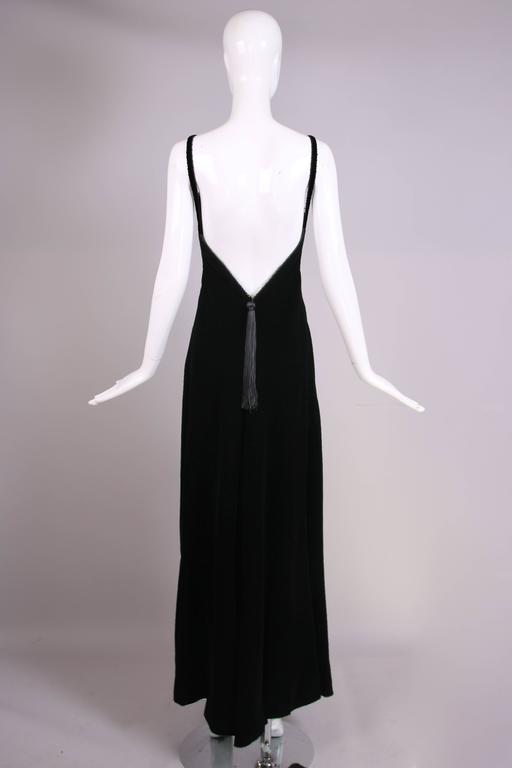 Women's Givenchy Haute Couture Black Silk Velvet Evening Gown W/Matching Cape No. 59129 For Sale