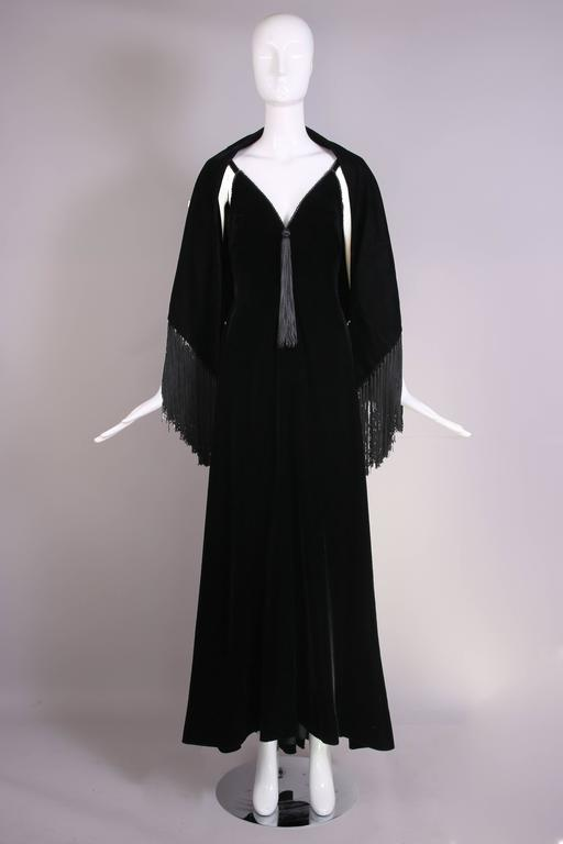 Givenchy Haute Couture Black Silk Velvet Evening Gown W/Matching Cape No. 59129 In Excellent Condition For Sale In Los Angeles, CA