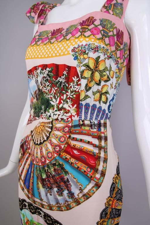 Dolce & Gabbana Fitted Silk Cocktail Dress W/Graphic Fan Print & Trumpet Hem For Sale 1