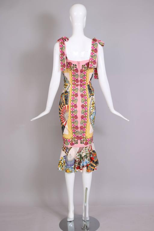 Women's Dolce & Gabbana Fitted Silk Cocktail Dress W/Graphic Fan Print & Trumpet Hem For Sale