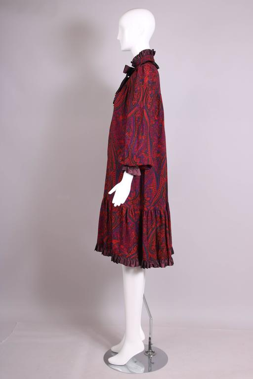 1970's Yves Saint Laurent YSL Paisley Smock Dress w/Taffeta Trim & Neck Ties In Excellent Condition For Sale In Los Angeles, CA
