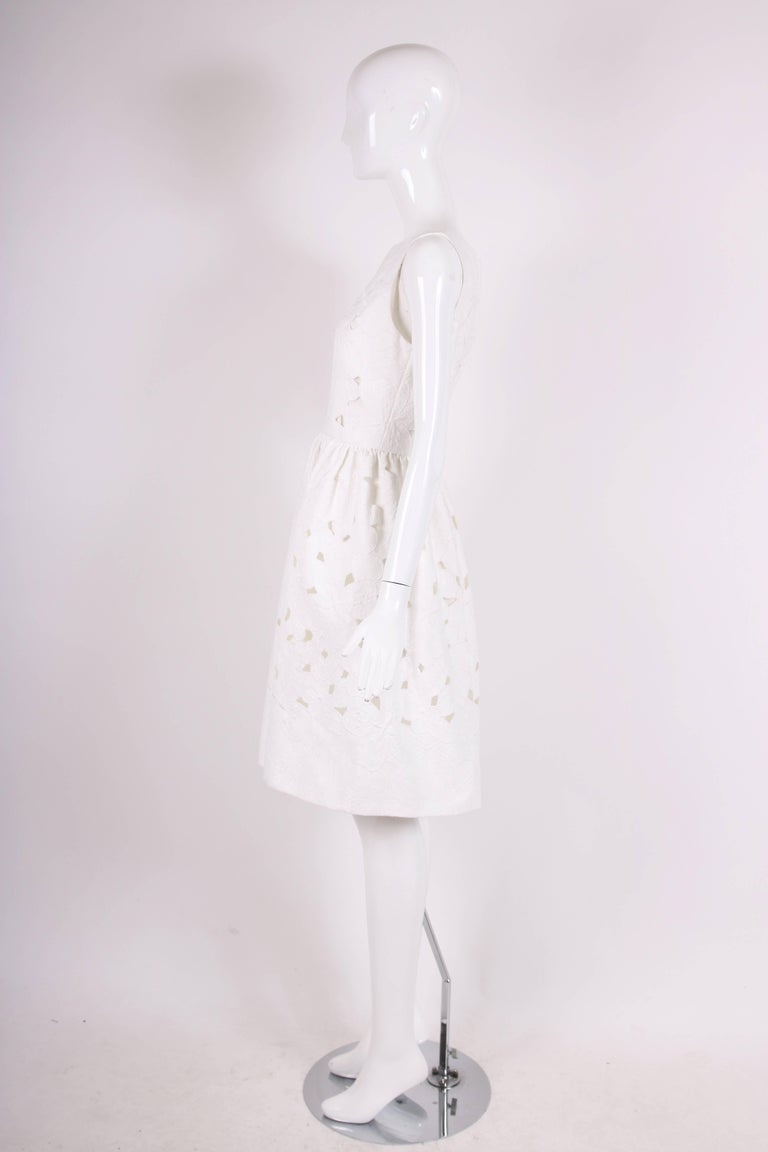 Gray 2013 Dolce & Gabbana White Sleeveless Floral Cutout Day Dress - NWT For Sale
