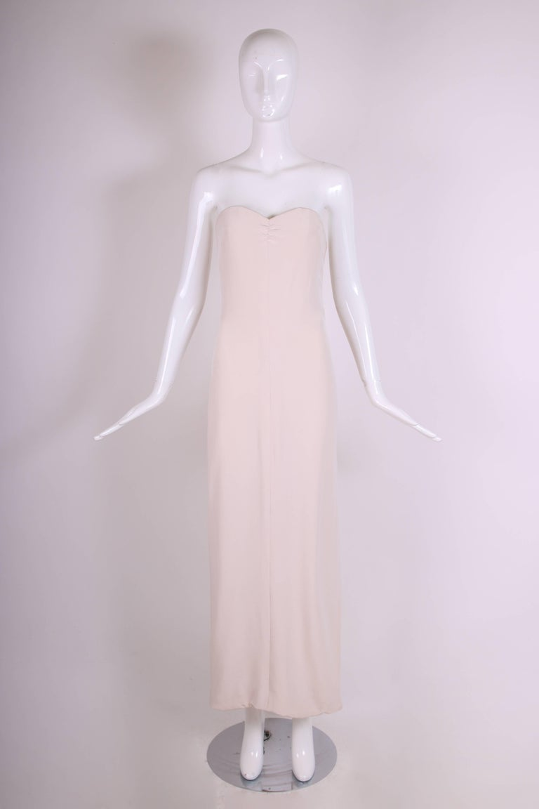 Attributed to Valentino Strapless Silk Evening Gown with Side Slit & Shawl 1970s In Excellent Condition For Sale In Los Angeles, CA