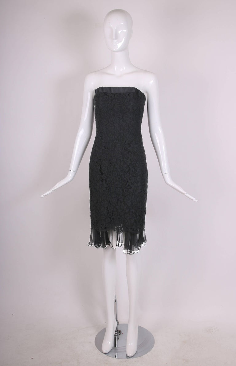 Vintage Chanel Black Lace Strapless Mini Cocktail Dress In Excellent Condition For Sale In Los Angeles, CA