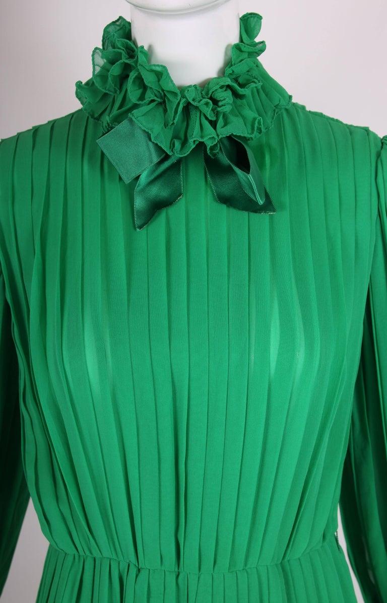 1970's Bill Blass Green Silk Chiffon Pleated Evening Gown w/Silk Trim  For Sale 2