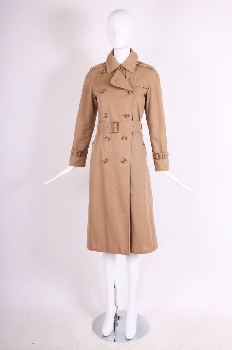 Classic Burberry Trench Coat in Camel w/Plaid Interior Lining 4