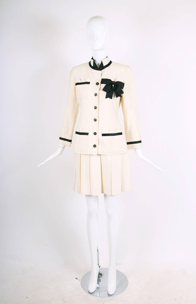 Vintage Chanel Silk Jacket & Skirt Ensemble w/Silk Bow Motif & CC Logo Buttons In Excellent Condition In Los Angeles, CA