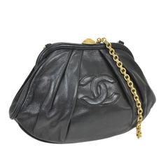 Chanel Rare Black Lambskin Gold Medallion Kiss Lock Evening Clutch Shoulder Bag