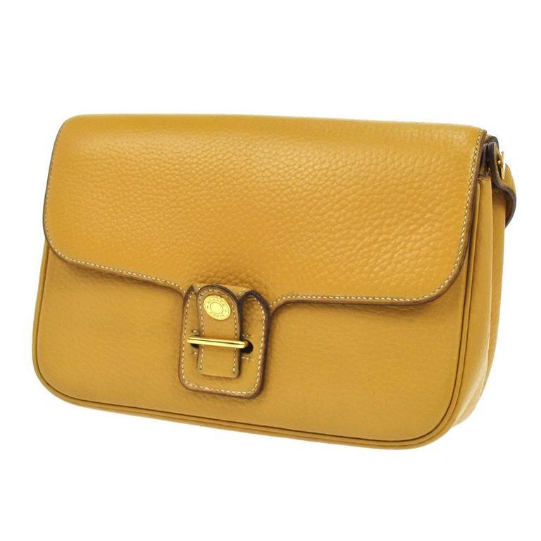 hermes vintage mustard leather gold hardware crossbody shoulder bag at 1stdibs. Black Bedroom Furniture Sets. Home Design Ideas