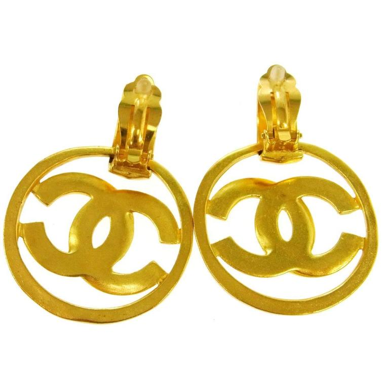 Chanel Vintage Gold Charm Round Circle Hoop Doorknocker Large Dangle Earrings 3