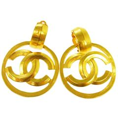 Chanel Vintage Gold Charm Round Circle Hoop Doorknocker Large Dangle Earrings