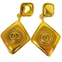 Chanel Vintage Gold Rhombus Charm Diamond Long Dangle Drop Earrings
