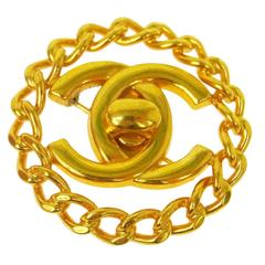 Chanel Vintage Gold Chain Link Signature Charm Pin Brooch