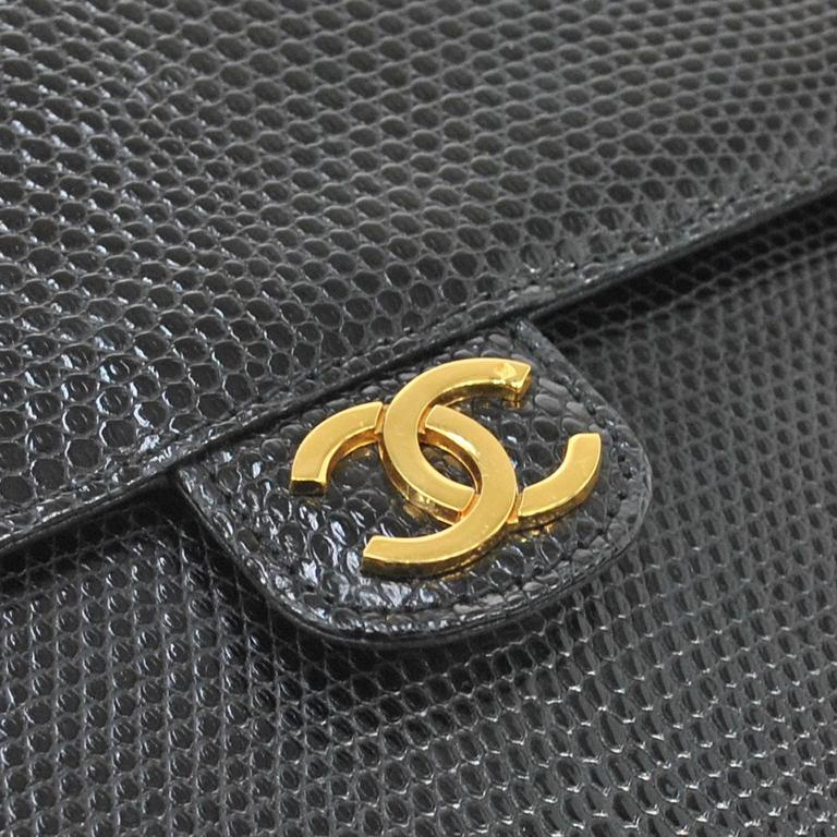 Chanel RARE Black Lizard Gold Evening Flap Shoulder Bag  Lizard Gold tone hardware Date code Made in France Shoulder strap drop 15.5
