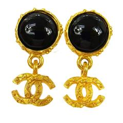 Chanel Vintage Black Round Button Gold Charm Evening Dangle Drop Earrings